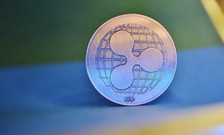 XRP/USD Price Continues to Slide as it Consolidates to $0.41