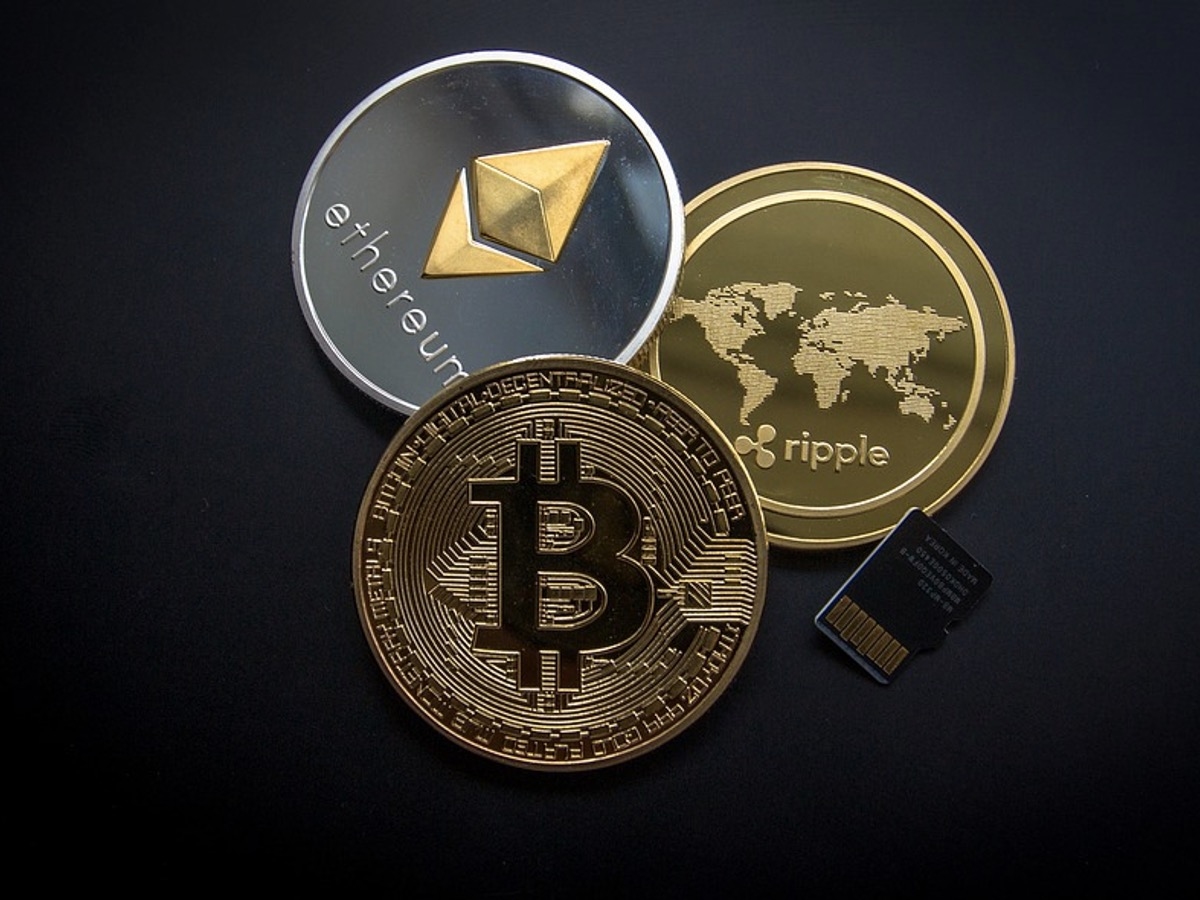 McCaleb Cashes out After the 1-Price XRP Steals the Spotlight From BTC
